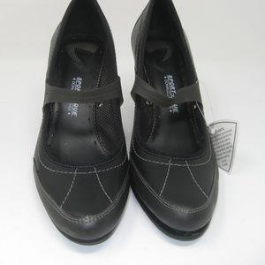 Donald Pliner Sport-A-Que Mary Jane Heels